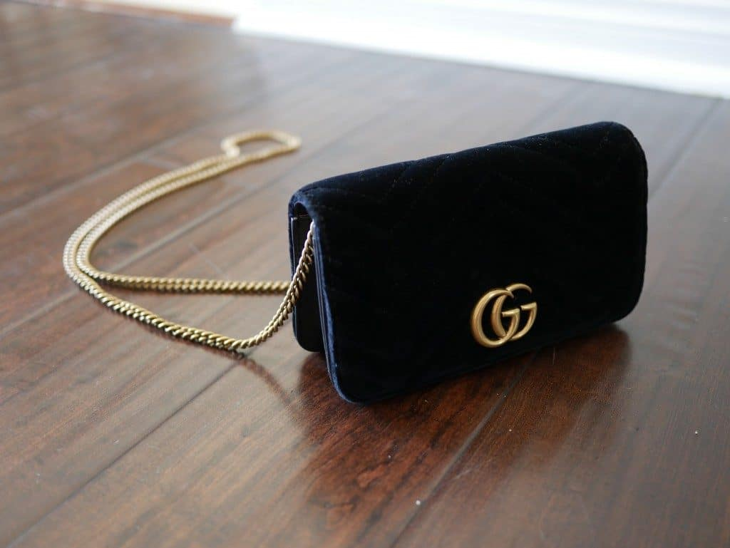 d2f9c7f49161 I had been on the hunt for a stunning belt bag (which is *ahem* a fancy way  of saying fanny pack). So when I first laid my eyes on this Gucci GG Marmont  ...